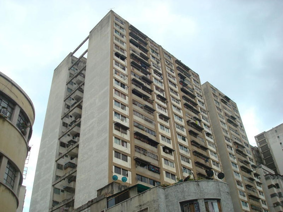 Apartamento En Venta La Candelaria , Caracas Mls # 19-9177