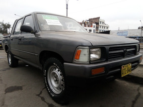 Toyota. Hilux. Año. 1995