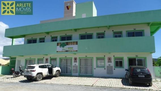 Apartamento No Bairro Canto Grande Em Bombinhas Sc - 639