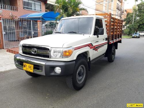 Toyota Land Cruiser  Estaca Mt 4000 4x4