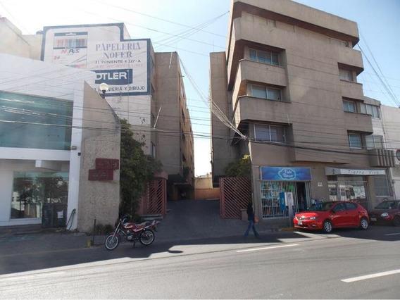 Departamento En Venta En Plaza Dorada 3 Recamaras ,1,300,000