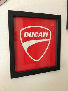 Cuadro Logo Ducati 24x27 Cms.