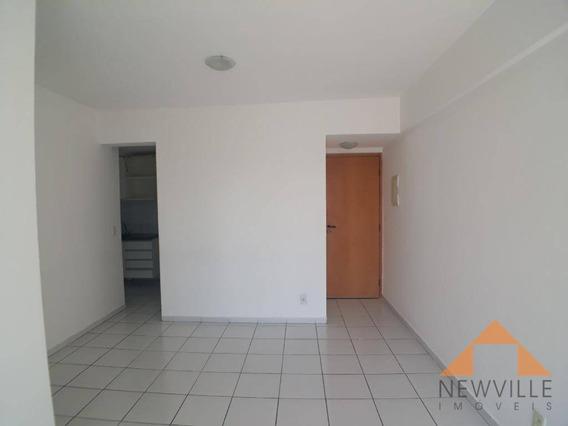Apartamento Com 2 Quartos Para Alugar, 63 M² Por R$ 1.989/mês - Aflitos - Recife/pe - Ap0608