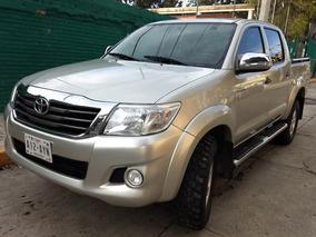 Toyota Hilux 2014 4cil Doble Cabina A/c Bedliner Estribos