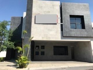Se Vende Residencia Con Acabados De Lujo, En El Vergel