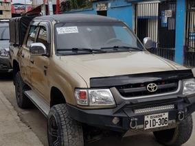Toyota Hilux Sr5 4x4
