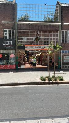 Local En Venta En Galería Calle Angosta - Rosario, Centro.