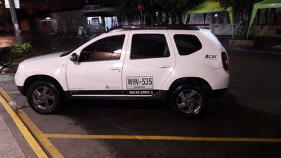 Camioneta Duster 2016 Full Servicio Especial Publico. 4x4