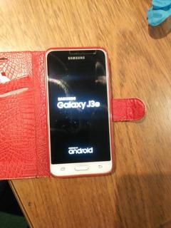 Vendo Celular Samsung J3.con Cargador.sin Estuche.