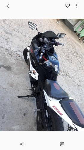 Imagem 1 de 1 de Suzuki Kawasaki Ninja 250