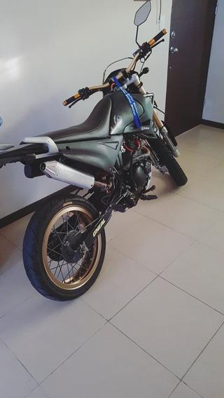 Moto Genesis Gxt200