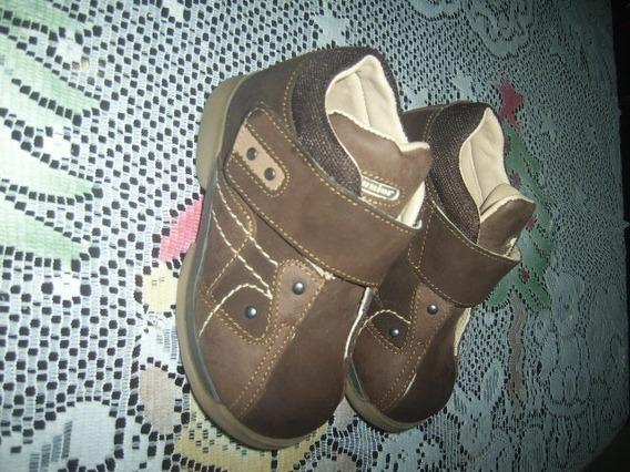Zapatos Marca Junior Talla 24 Poco Uso
