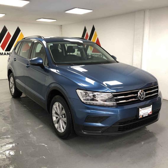 Volkswagen Tiguan 2018 5p Trendline 1.4 L4/1.4/t Aut