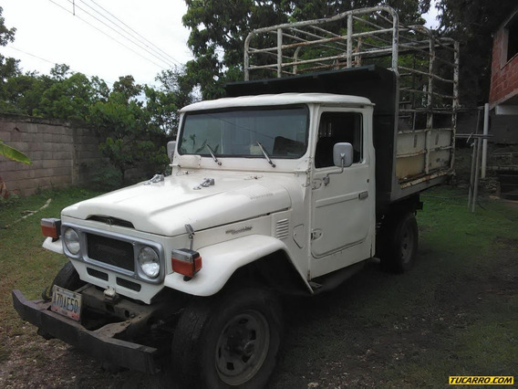 Toyota Macho Pick-up Fj 45