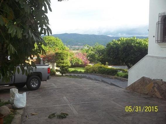 Casa En Venta El Pedregal Barquisimeto 20-5800 Jg