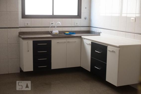 Apartamento No 1º Andar Com 3 Dormitórios E 2 Garagens - Id: 892956496 - 256496