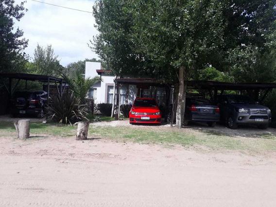 Complejo De 4 Casas En Las Gaviotas