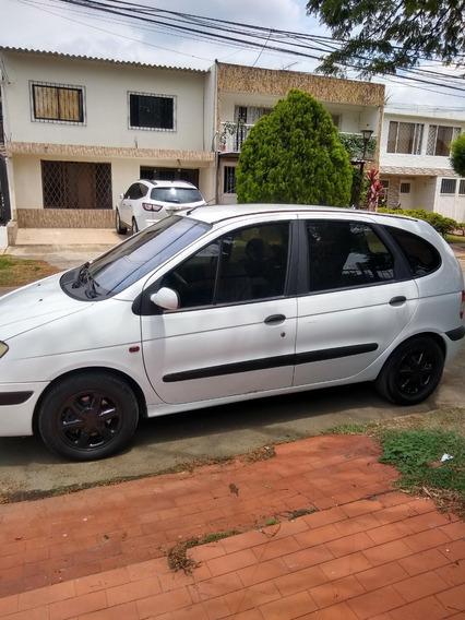Renault Scenic Muy Bien Tenida