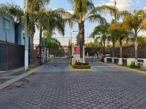 Casa En Venta Parques Del Bosque Tlaquepaque Jal.