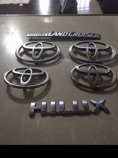 Emblemas Toyota Dyna Hilux Machito Samurai Landcruise