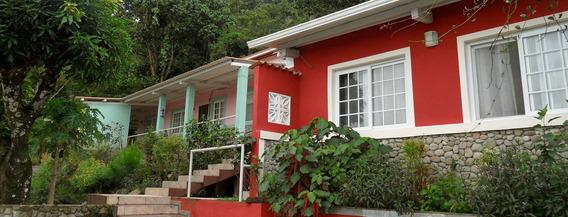 Casa Residencial En El Valle De Antón Con Casa De Huéspedes