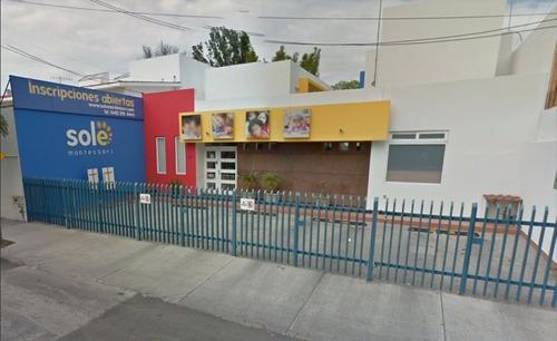 Casa Con Uso De Suelo Mixto Av Principal Alamos