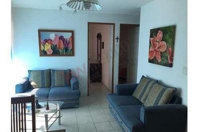 Departamento En Venta, En Planta Baja, Ubicado En Colonia Acapantzingo.