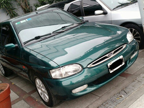 Ford Escort Coupe 1998