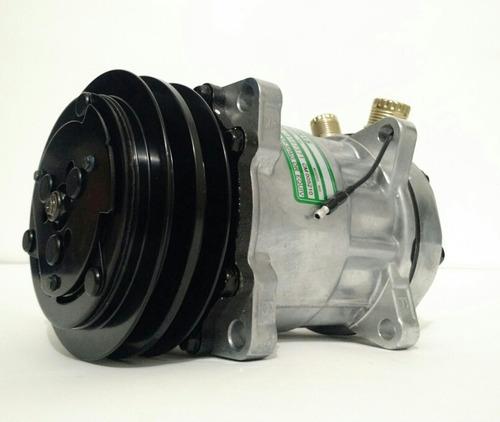 Imagem 1 de 4 de Compressor Ar Cond 7h15 12v 8 Orelhas Polia 2a Universal