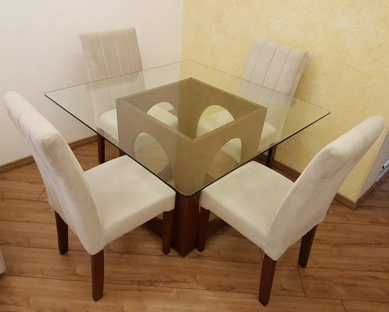 Jogo De Jantar - Com 4 Cadeiras