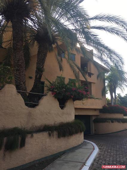 The Yach Club Villa En Alquiler