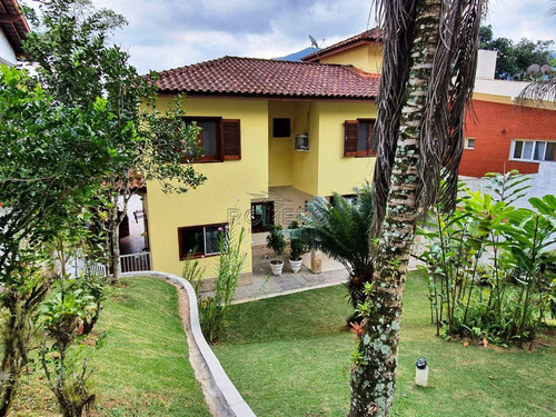 Imagem 1 de 30 de Casa Com 5 Dorms, Recanto Lagoinha, Ubatuba - R$ 1.6 Mi, Cod: 1551 - V1551