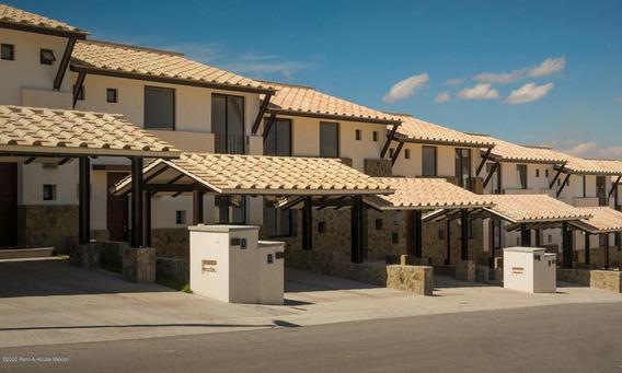 Casa En Venta En Zibata, El Marques, Rah-mx-20-684