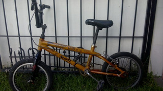 Bicicleta R16 Hot Wheels