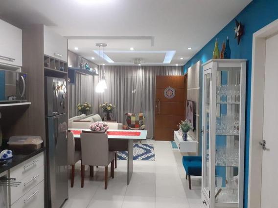 Sobrado Com 2 Dormitórios À Venda, 70 M² Por R$ 289.000 - Forquilhas - São José/sc - So0612