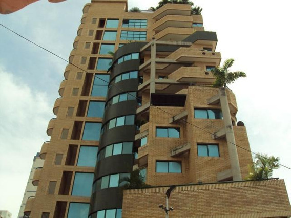 Apartamento 04hab-3bañ En La Soledad 20-9098 Hjl Inversion
