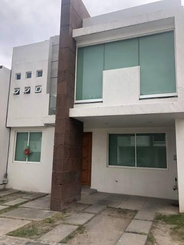 Hermosa Casa En Renta En Lomas De Angelópolis