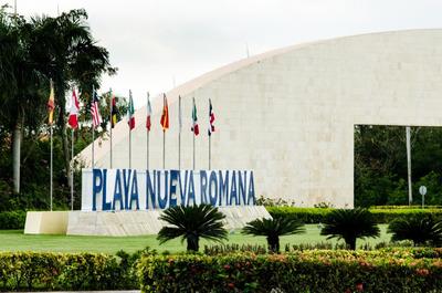 Hermosa Villa En Venta En Playa Nueva Romana
