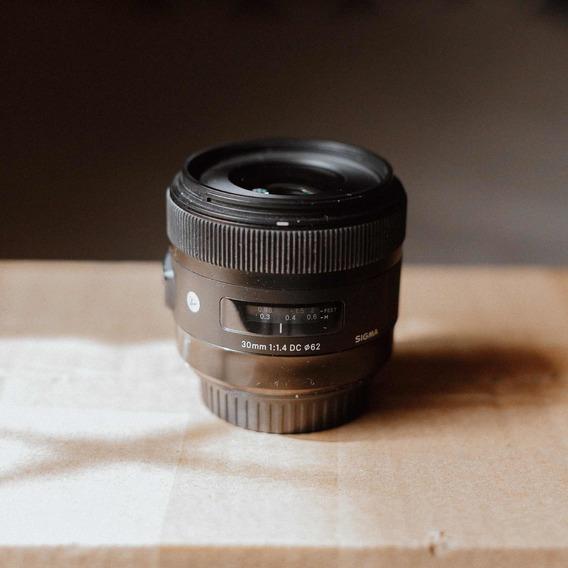Lente Sigma Art 30mm 1.4 Para Canon