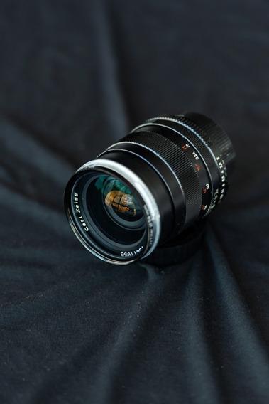 Lente Carl Zeiss Distagon 28mm F2 Zf.2 Nikon Baixei
