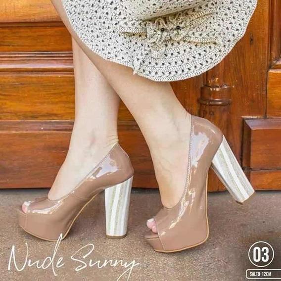 Sapato Peep Tue Nude Com Salto Grosso 12cm Lurex Listrado