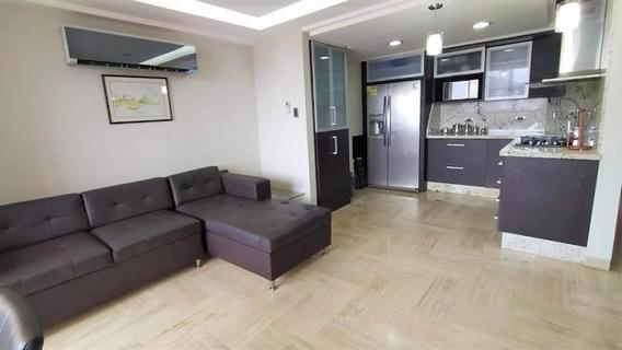 Apartamento En Venta En La Trigaleña 20-11674 Ac