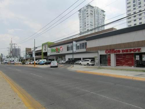 Local Comercial En Plaza Vd Galerias