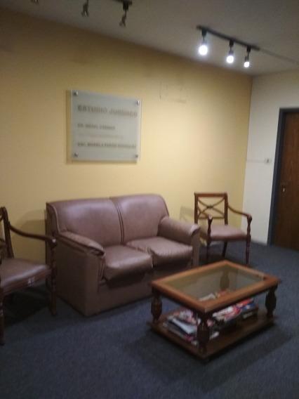 Muy Buena Oficina Amueblada En Ciudadela Y Rincón