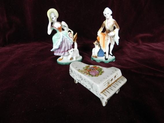 Figuras En Porcelana Antigua Y Piano Estilo Limoge