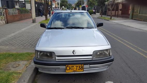 Renault Penta 94. Plateado 4 Puertas. Papeles Al Día