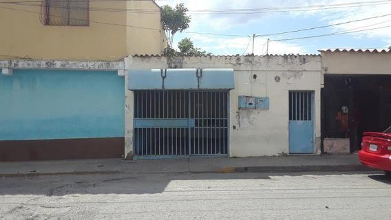 Locales En Alquiler Bqto. Centro, Al 20-6487