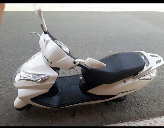 Moto Honda Élite Modelo 2015