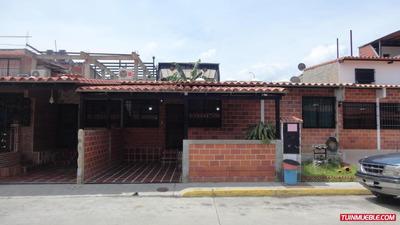 Casas En Venta 17-14607 Rhterrazas