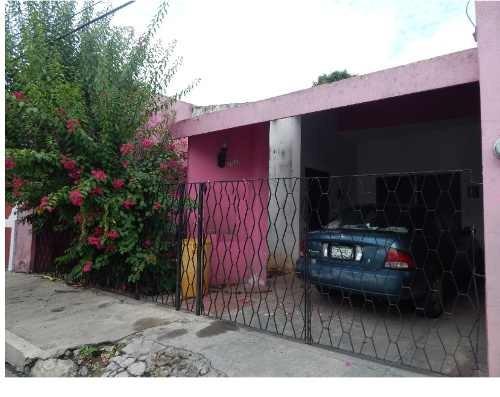 Se Vende Casa En El Centro De La Ciudad Techos Altos Amplia